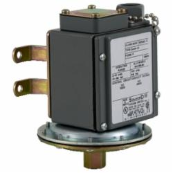 Square D 9016GAW21F VACUUM SWITCH 480VAC 10 AMP G +OPTIONS,-10 to 185deg.F (-23 to 85deg.C),0 to 28.3,1/2 -14 NPT (internal) Conduit Connection,1/4 -18 NPTF (internal),100 psi,100 psi,2(NC-NO) DPDT Form ZZ snap action silver nickel contacts,<= 120 cyc/mn -10...185 deg.F,Hydraulic Oil, Noncorrosive Liquids, Air and Noncorrosive Gas,NEMA 4/4X/13,UL Listed File E12443 CCN NOWT - CSA Certified File LR25490 - CE Marked,Water tight, Dust tight, Oil tight and Corrosion Resistant (Indoor/Outdoor),control circuit,electromechanical vacuum switch,regulation between two thresholds