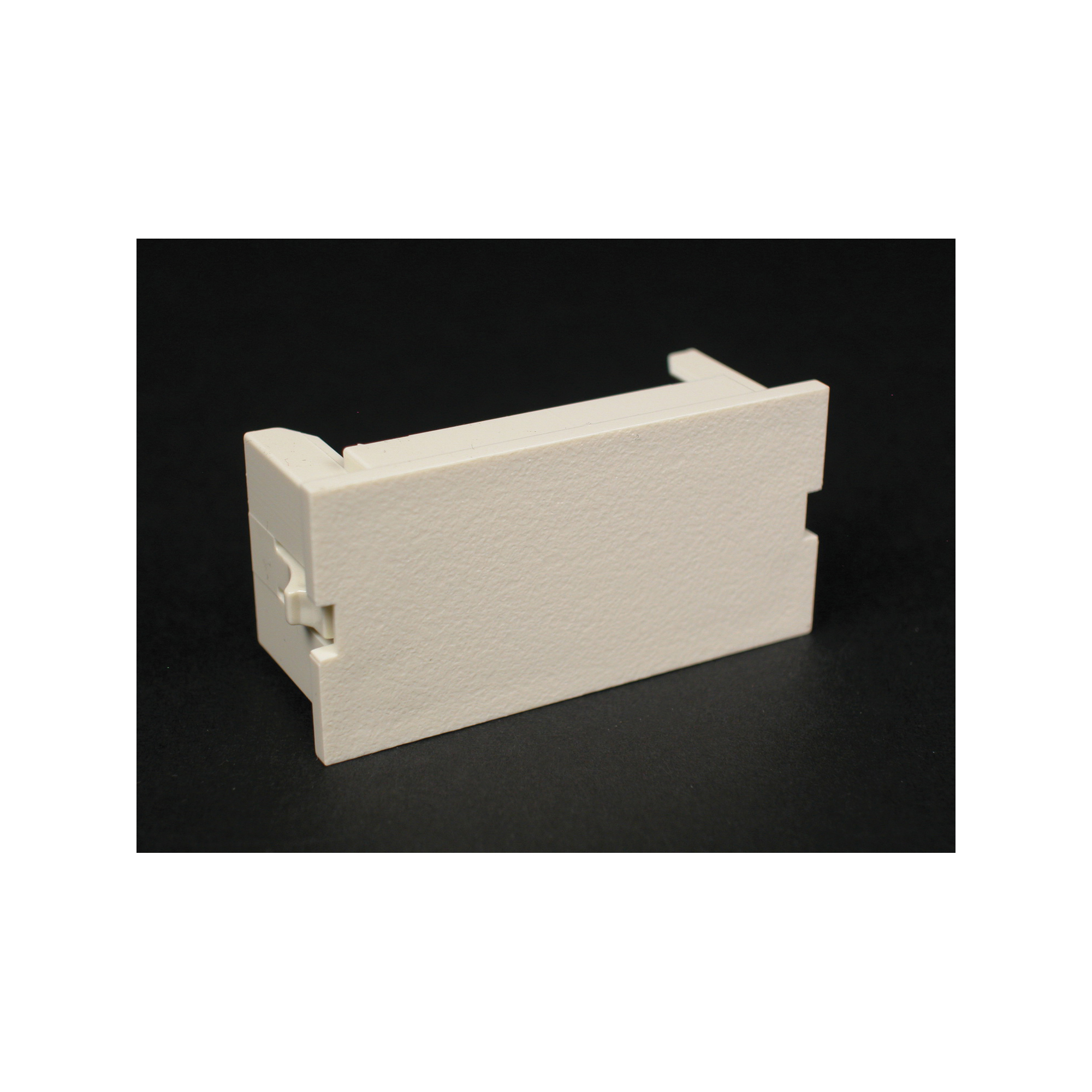Legrand-Wiremold CM2-BL 2A BLANK MODULE IVORY | Steiner Electric Company