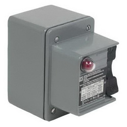 Schneider Electric 2510KW2C Manual Switch - NEMA 4 - 3P - Toggle Operated - Red Indicator - 600VAC